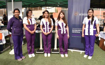 Departamentos de Kinesiología y Nutrición y Dietética participaron en Expo Gendarmería