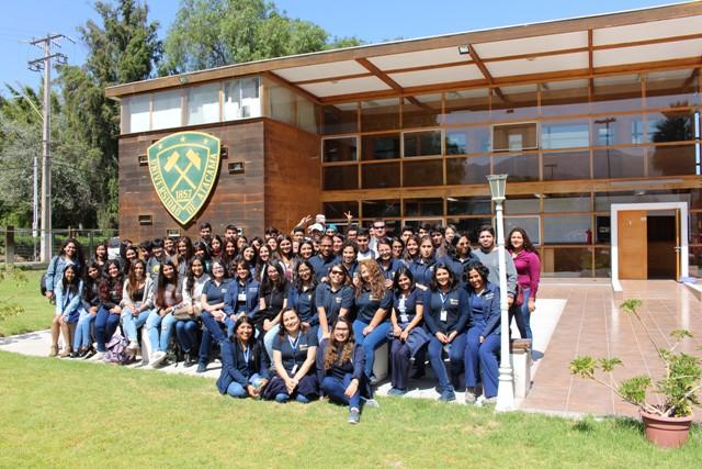 Departamento de Enfermería recibe a sus nuevos estudiantes
