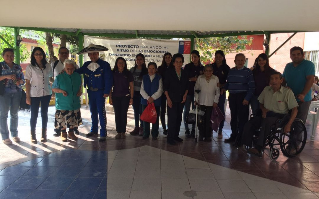 Conmemoración del día Internacional de la Tolerancia en hogar de ancianos La Candelaria