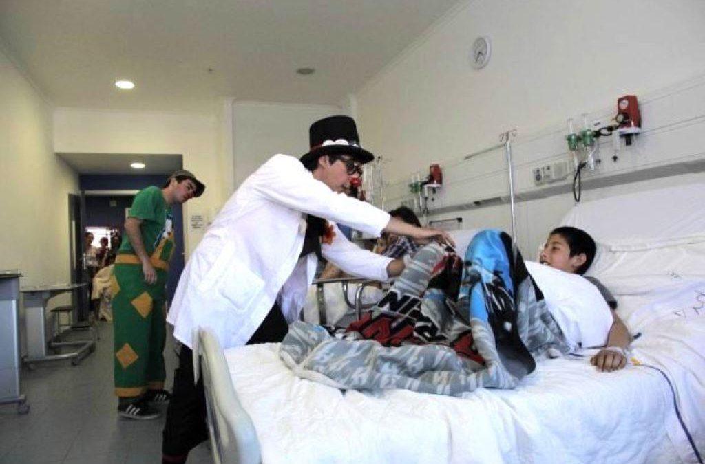 Risoterapia: un modelo terapéutico que potencia la Universidad de Atacama en la región