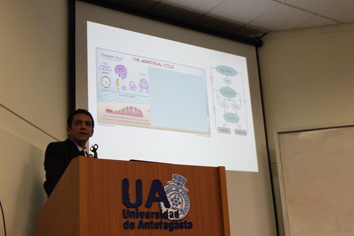 Académico de la UDA fue invitado a exponer en importante Jornada de Matronería en Antofagasta