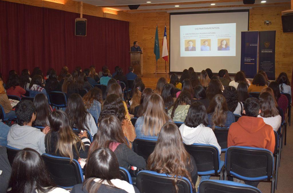 Facultad de Ciencias de la Salud recibió a estudiantes del primer año con Jornada de Inducción