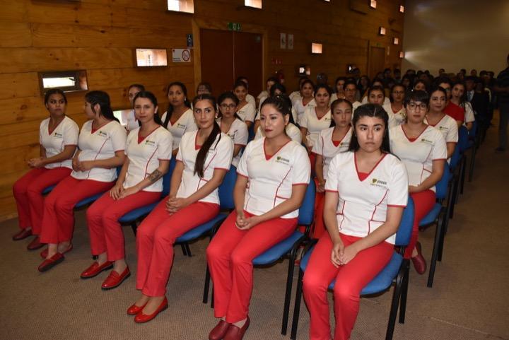 Treinta estudiantes de Obstetricia y Puericultura están habilitados para prácticas tempranas.